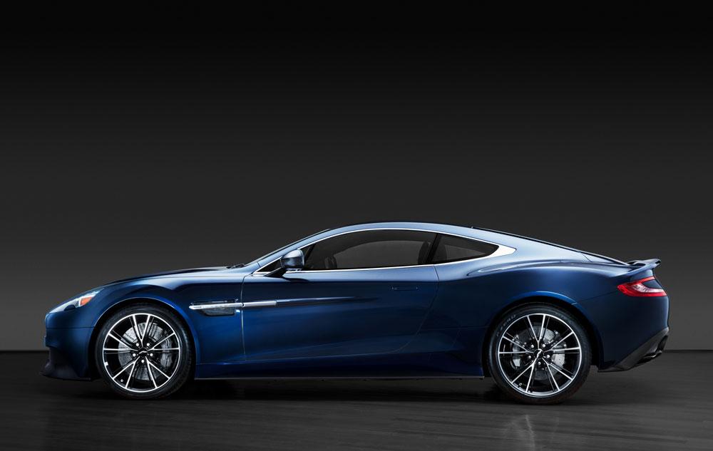 https://www.artsandcollections.com/wp-content/uploads/2018/08/Aston-Martin-Daniel-Craig-Christies.jpg