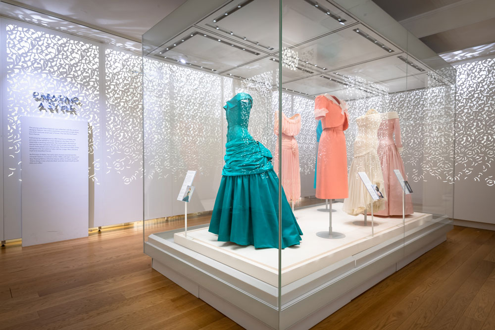 Iconic Exhibition Explores Princess Diana S Fashion Arts Collections