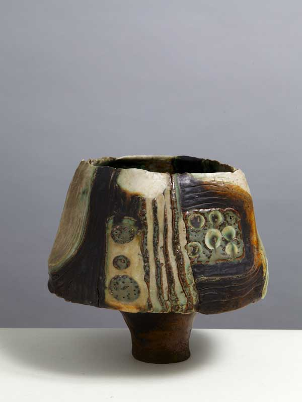 https://www.artsandcollections.com/wp-content/uploads/2018/08/Ruth_Duckworth_1972-Shaping-Ceramics.jpg