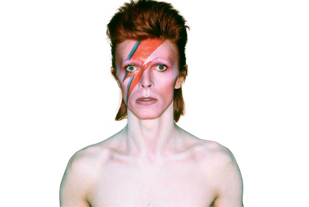 https://www.artsandcollections.com/wp-content/uploads/2018/08/bowie_WEB.jpg