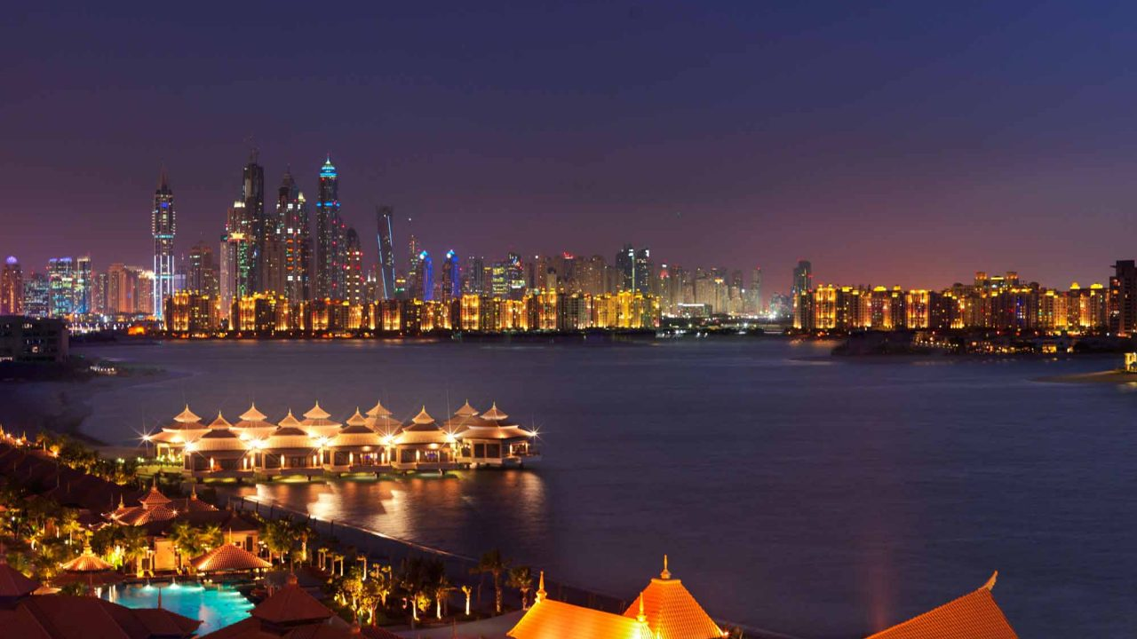 https://www.artsandcollections.com/wp-content/uploads/2018/09/A-Weekend-in-Dubai-1280x720.jpg