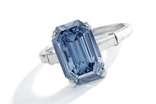 Auction Highlights, Fancy Blue Diamond. Image courtesy Sotheby's.