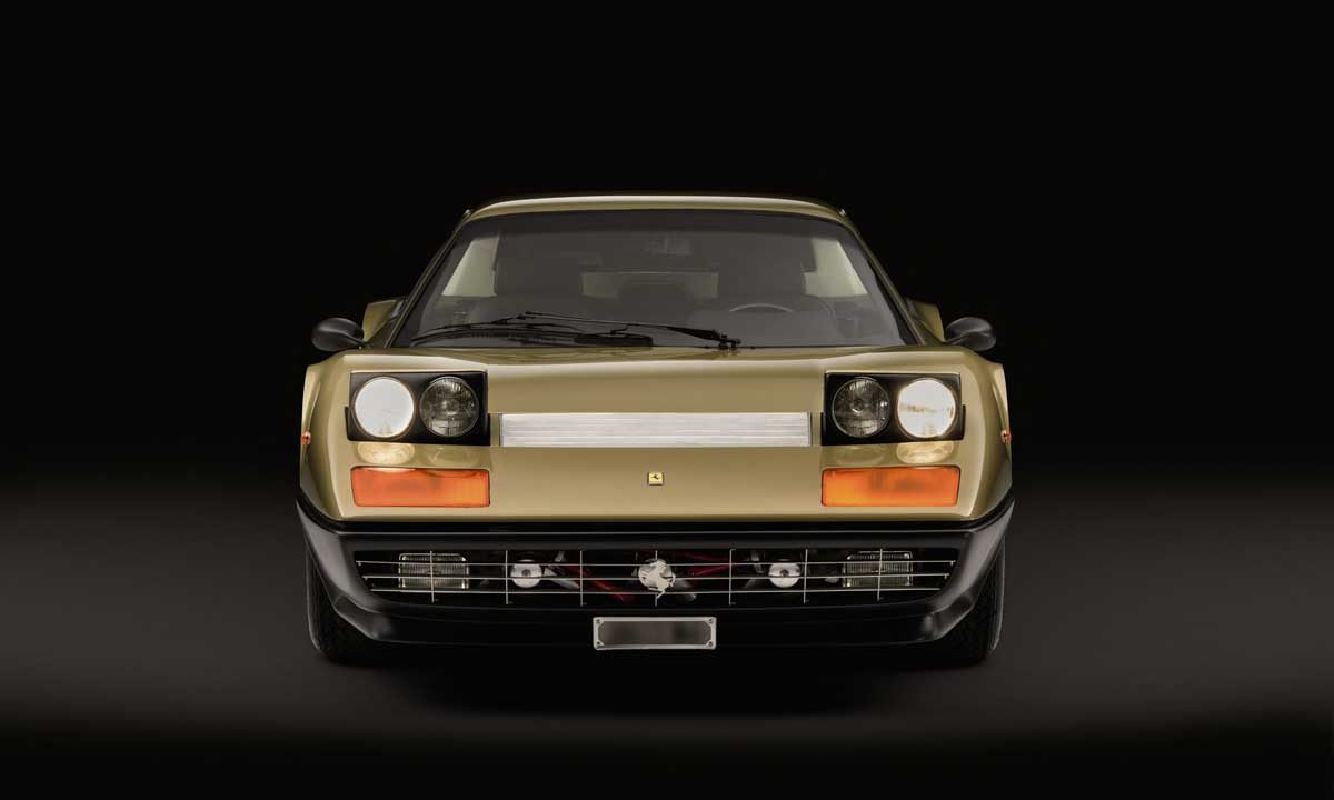 https://www.artsandcollections.com/wp-content/uploads/2018/10/gold-ferrari-1200x720.jpg
