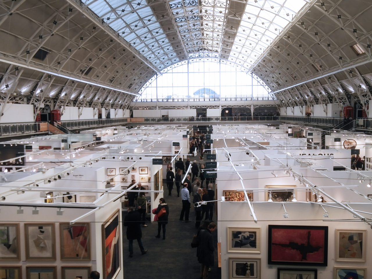 https://www.artsandcollections.com/wp-content/uploads/2019/01/London-Art-Fair-2019-Photo-Chris-Jenkins-1280x960.jpg