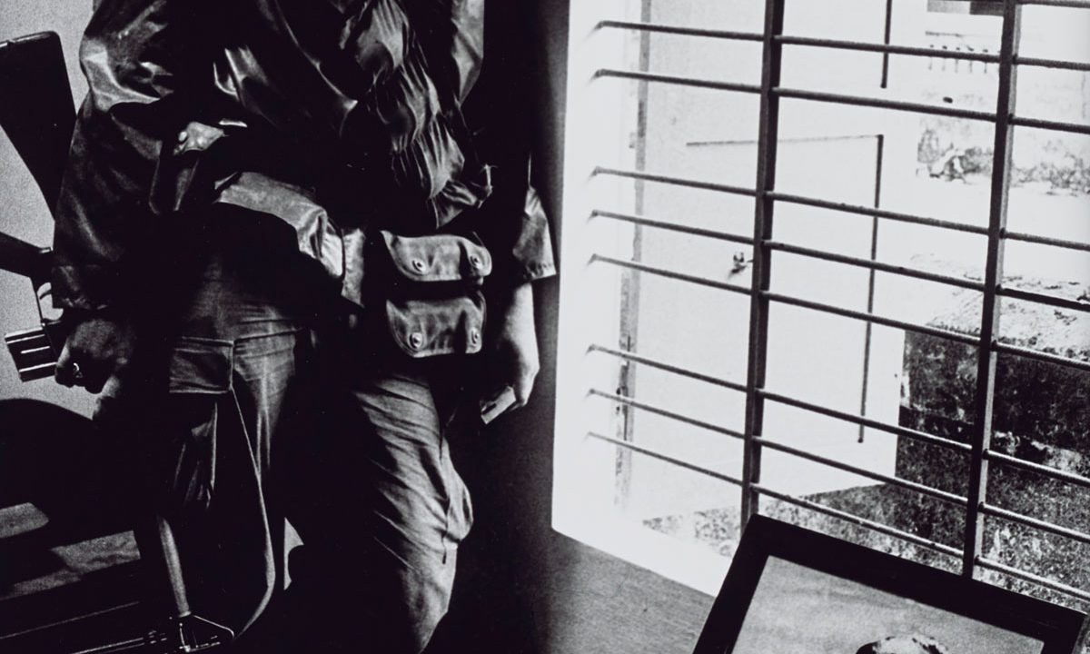 https://www.artsandcollections.com/wp-content/uploads/2019/02/Don-McCullin-Major-Retrospective-Opens-at-Tate-Britain-1200x720.jpg