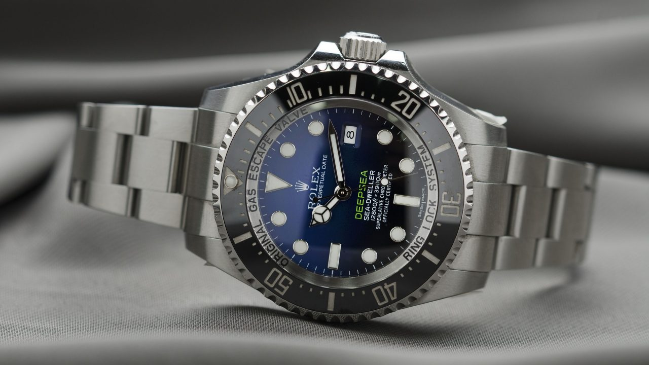 https://www.artsandcollections.com/wp-content/uploads/2019/03/rolex-2171960_1920-1280x720.jpg