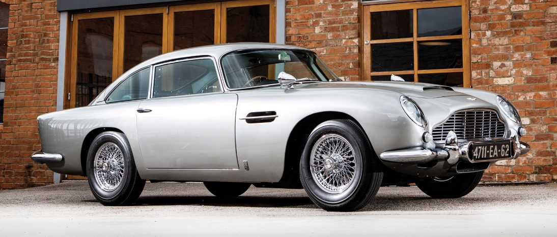 https://www.artsandcollections.com/wp-content/uploads/2019/06/1965-Aston-Martin-DB5-22Bond-Car22-Simon-Clay-©2019-Courtesy-of-RM-Sothebys-7-e1560529934465.jpg