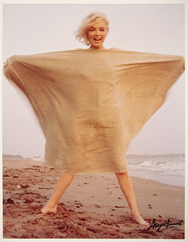 3d59654206c Classic Marilyn Monroe Photographs For Online Auction at Julien's ...