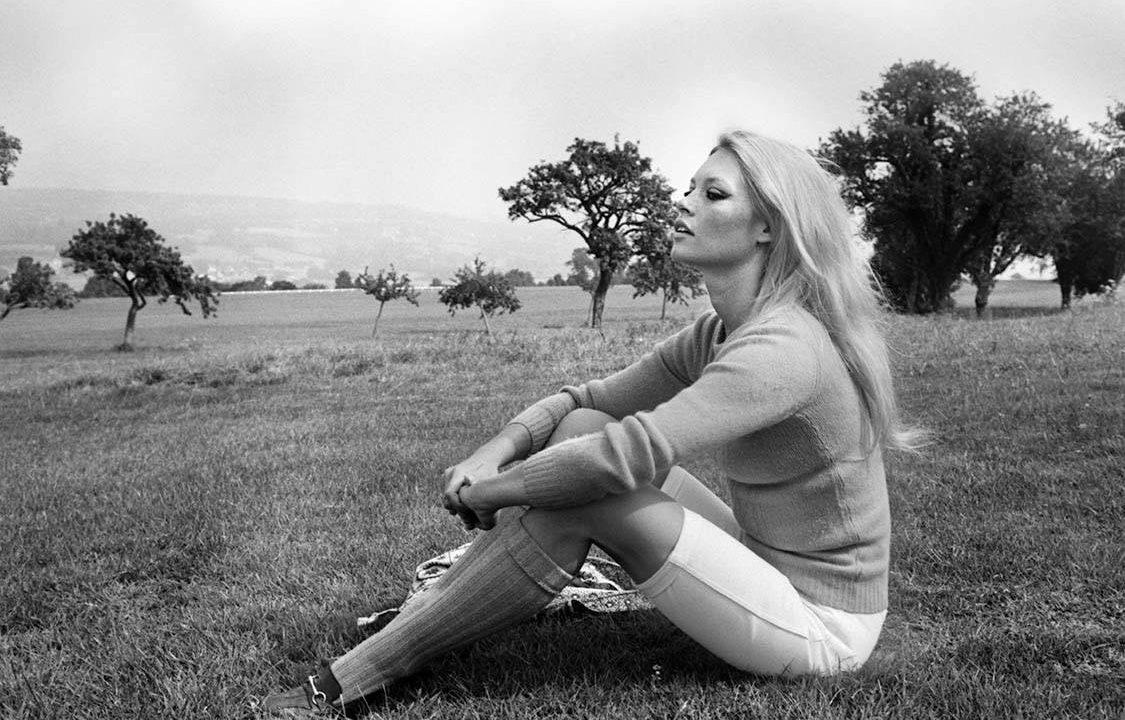 https://www.artsandcollections.com/wp-content/uploads/2019/11/Terry-ONeill-Brigitte-Bardot-1968-1125x720.jpg