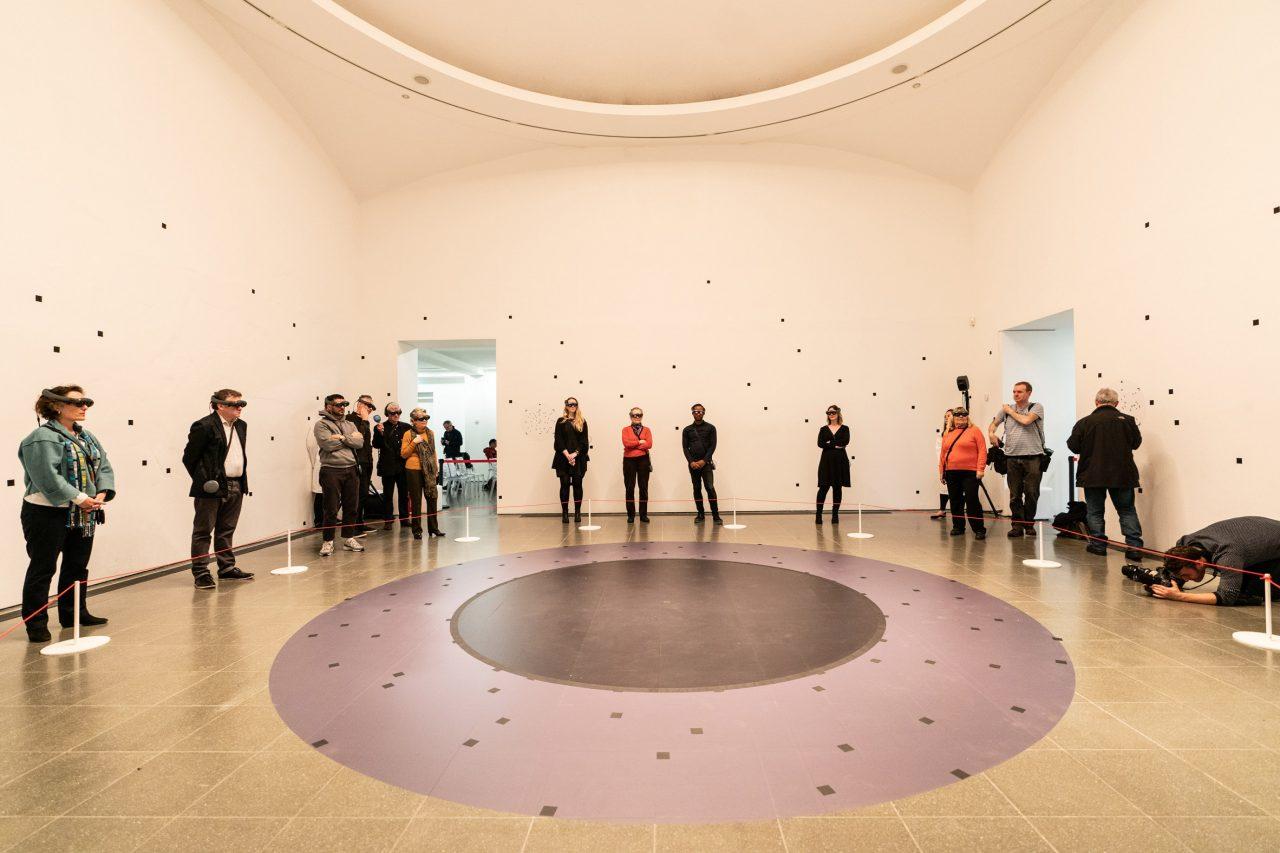 https://www.artsandcollections.com/wp-content/uploads/2019/11/the-life-marina-abravomic-installation-mixed-reality_dezeen_2364_col_3-1280x853.jpg