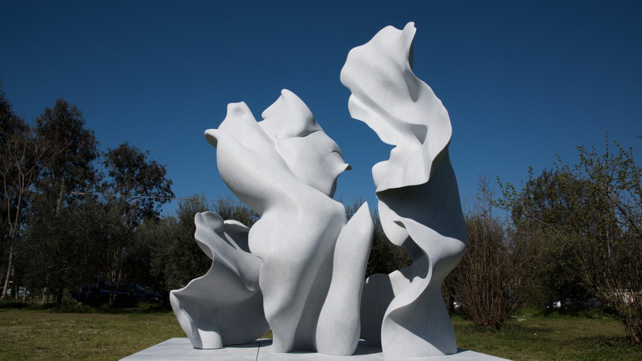 https://www.artsandcollections.com/wp-content/uploads/2019/12/Helaine-Blumenfeld-Taking-Risks-2019-1280x720.jpg