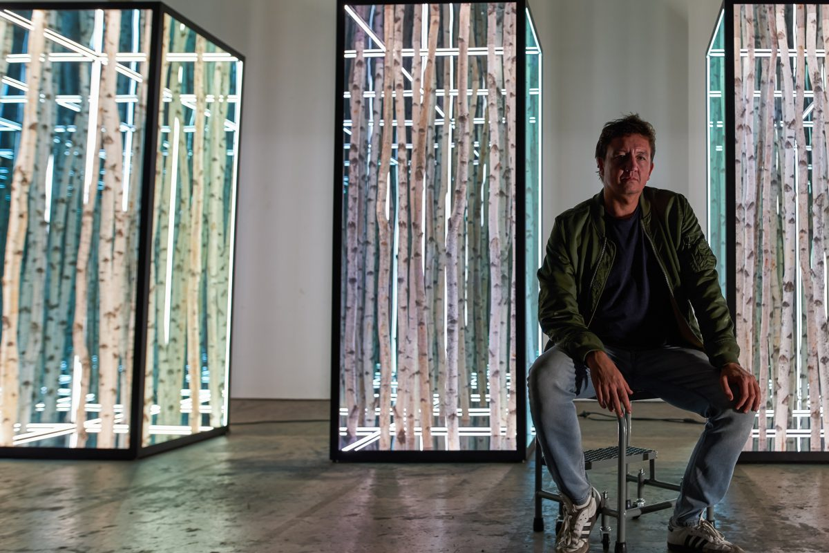 'Light Sculptor' Anthony James Gets First UK Solo Show at Opera Gallery
