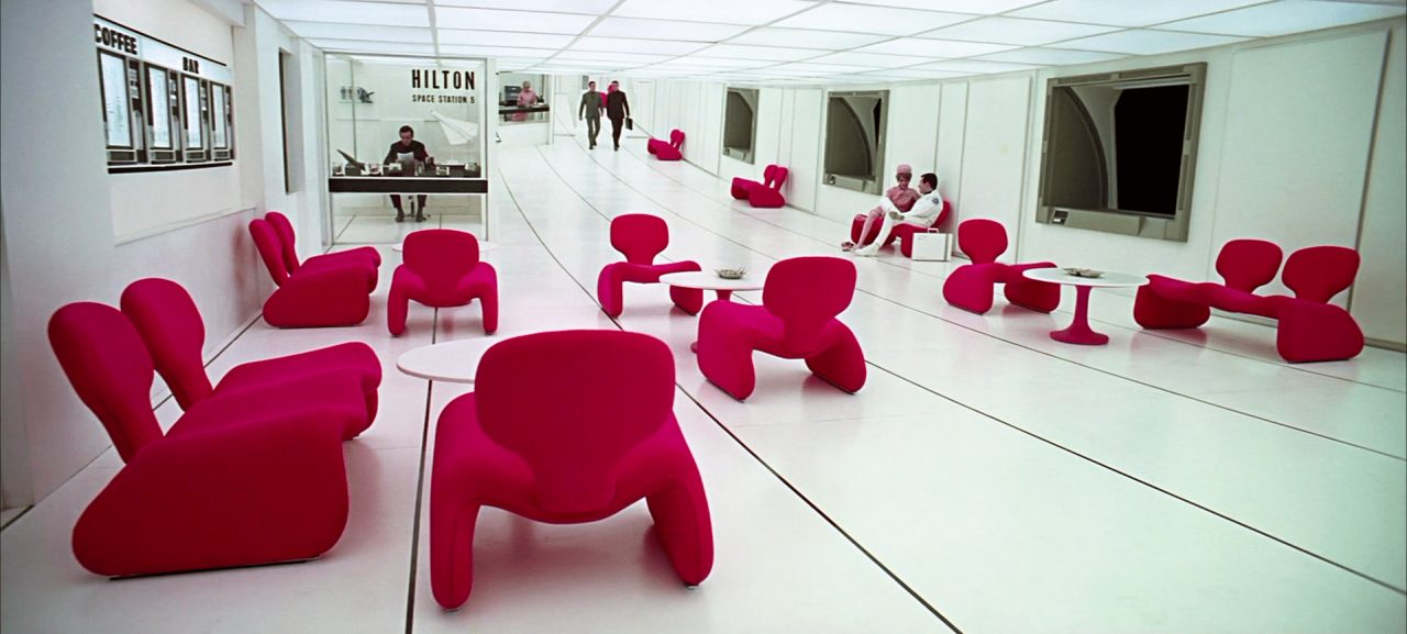 https://www.artsandcollections.com/wp-content/uploads/2020/02/2001-a-space-odyssey-film-set-design-film-and-furniture-homepage-slider-5-1280x577.jpg