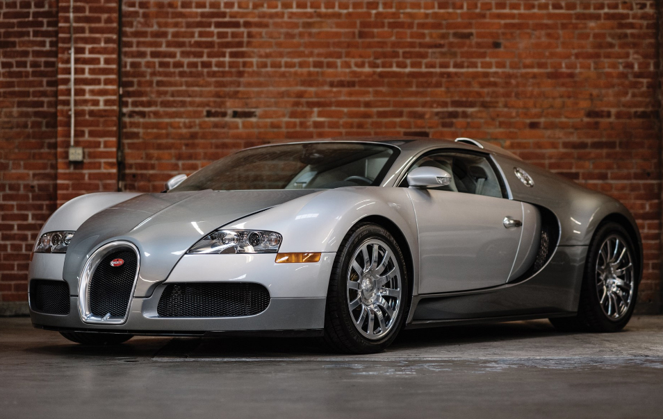 https://www.artsandcollections.com/wp-content/uploads/2020/02/2008-Bugatti-Veyron-16-©2020-Courtesy-of-RM-Sothebys.jpg