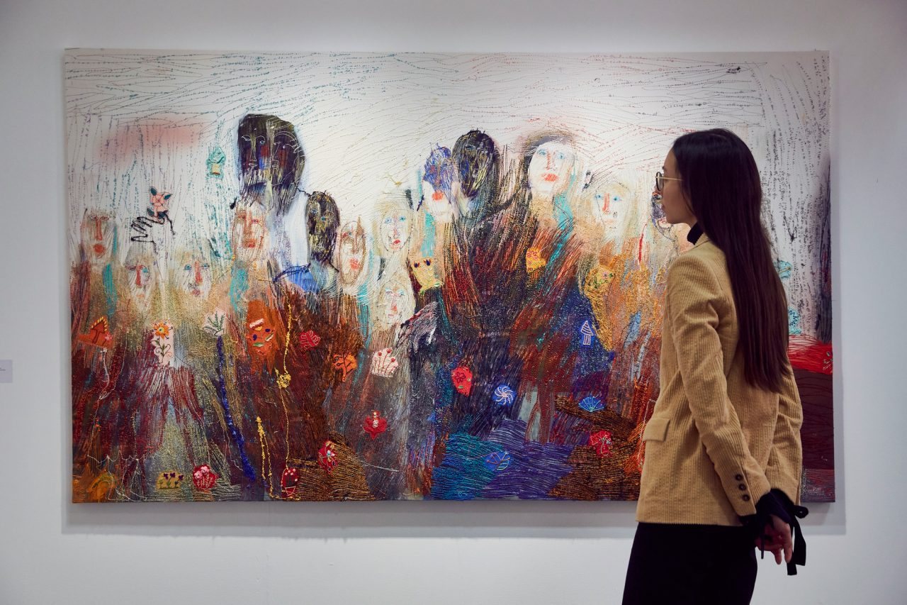 https://www.artsandcollections.com/wp-content/uploads/2020/02/Alice-Kettle-tapestry-at-Candida-Stevens-Gallery-as-part-of-Threading-Forms-at-London-Art-Fair-2020-1280x853.jpg