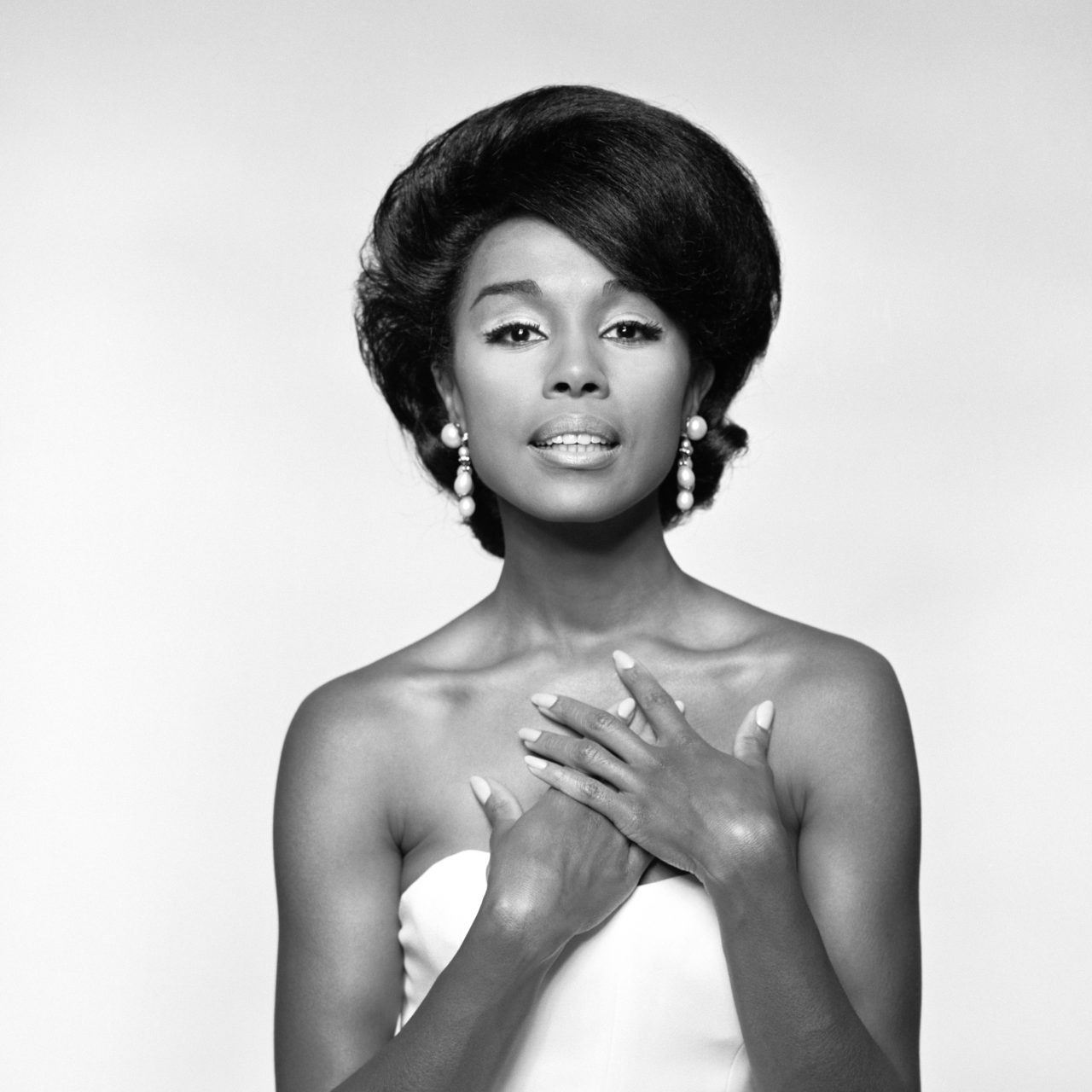 Property from the Life of Diahann Carroll To Be Sold At Bonhams Auction