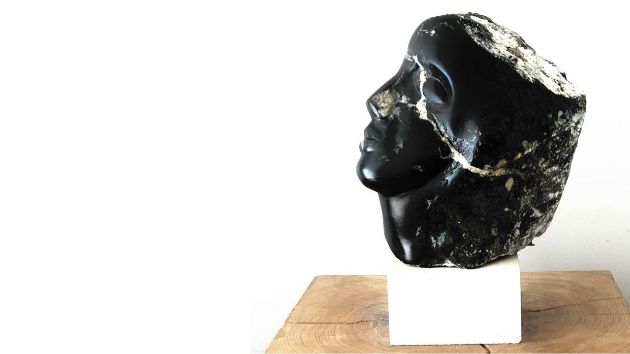 https://www.artsandcollections.com/wp-content/uploads/2020/08/Ahuva-Zeloof-Fractured-2-1280x720.jpg