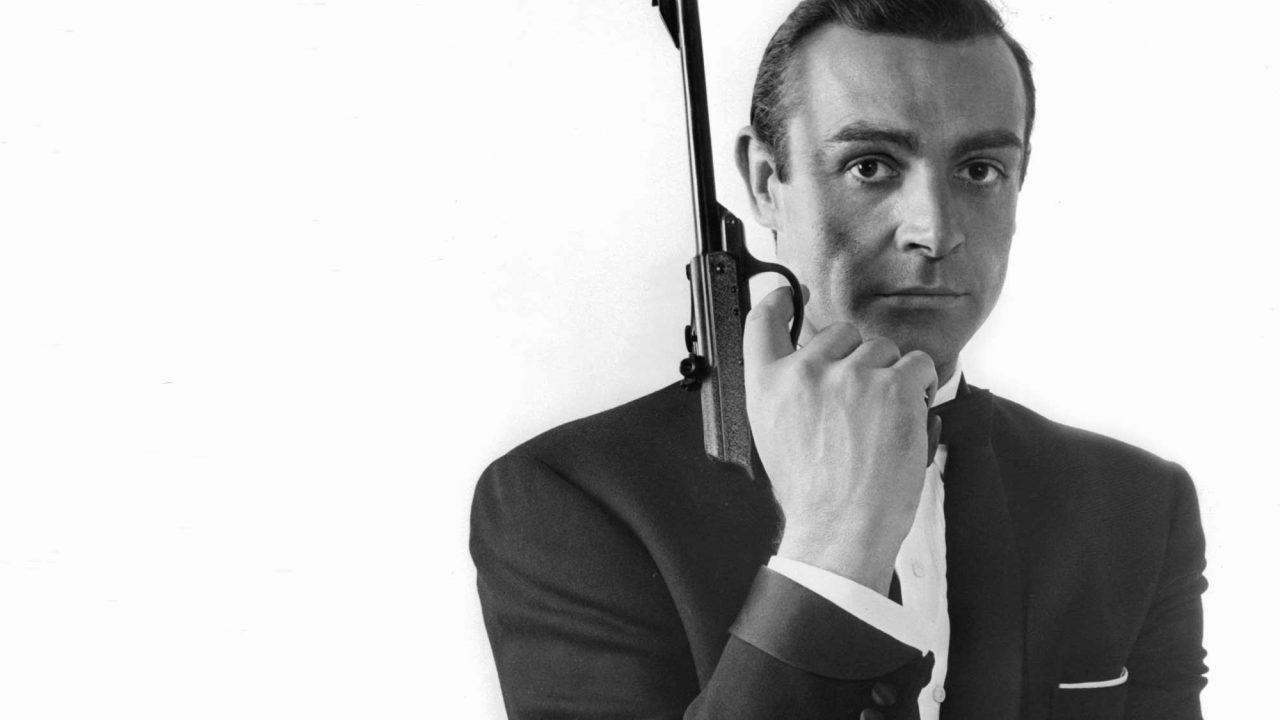 https://www.artsandcollections.com/wp-content/uploads/2021/02/Sean-Connery-James-Bond-bw-1280x720.jpg