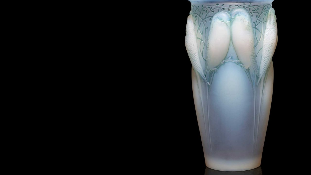 https://www.artsandcollections.com/wp-content/uploads/2021/04/RENÉ-LALIQUE-FRENCH-1860-1945-CEYLAN-VASE-NO-1280x720.jpg