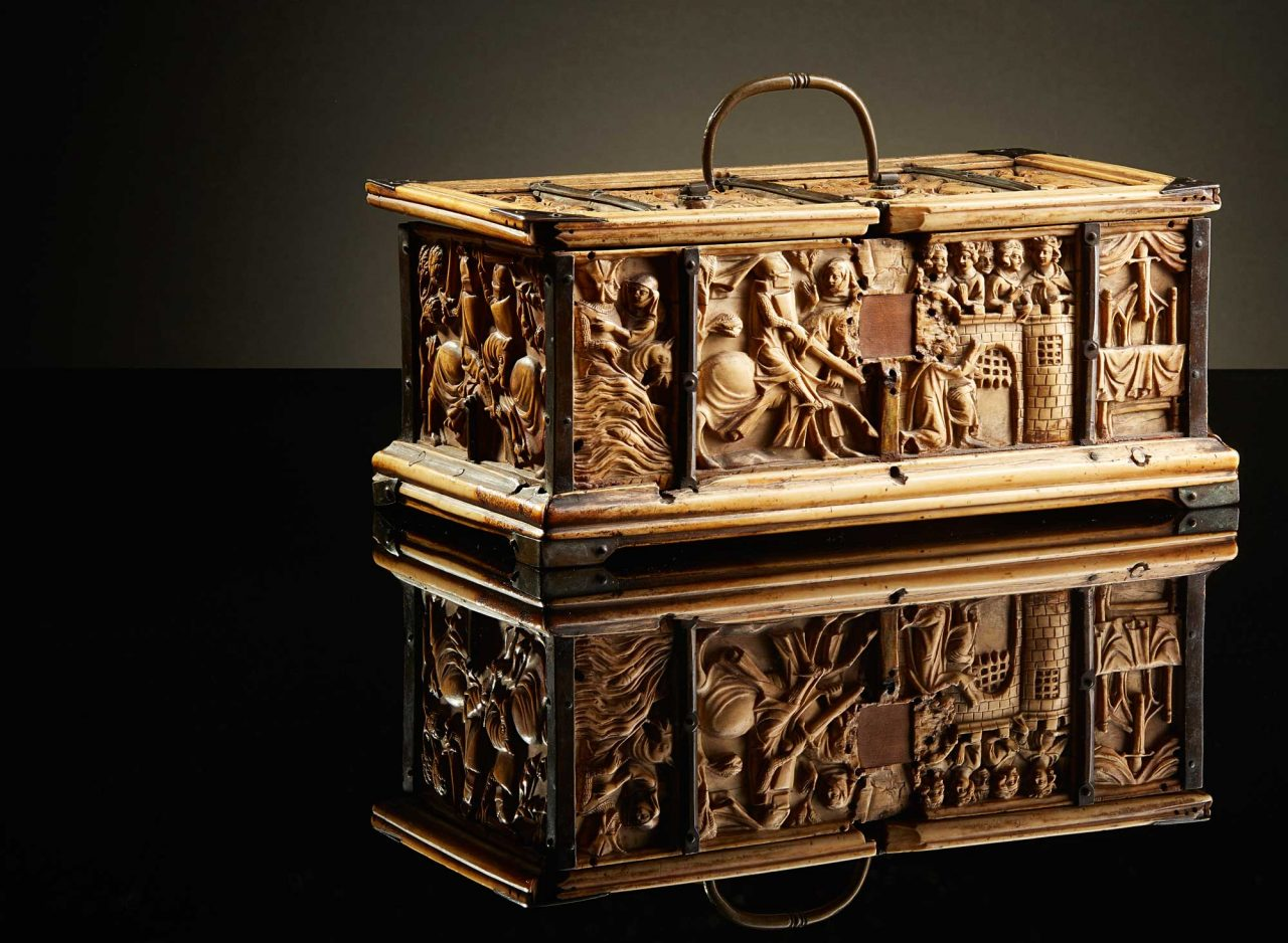 https://www.artsandcollections.com/wp-content/uploads/2021/06/641-493-FRENCH-GOTHIC-CASKET-1-1280x938.jpg