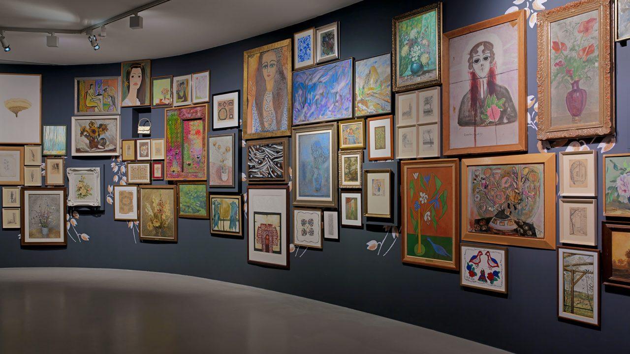 https://www.artsandcollections.com/wp-content/uploads/2021/10/36-Meşher-I-You-They_A-Century-of-Artist-Women-Semiha-Berksoy-Artworks-Photo-by-Hadiye-Cangökçe-1280x720.jpg
