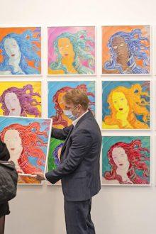 Art World Reunites at Frieze London and Frieze Masters 2021